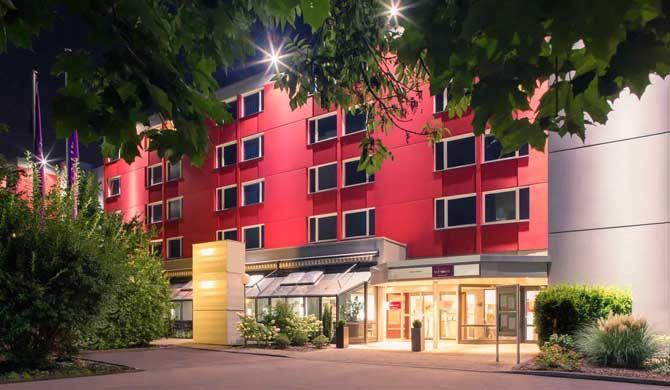 Mercure Hotel Köln West Stay in our comfortable 4-star Mercure Hotel Köln West in the west of Cologne. It has great transport links and 191 rooms offering free WIFI and high-speed DSL. Enjoy our leisure facilities with... #Hotel  #Travel #Backpackers #Accommodation #Budget