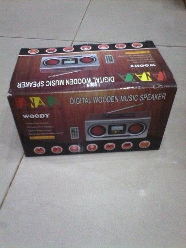 Mini speaker woody.....  Anggun dan elegan, Harga Murah.... minat kunjungi https://www.tokopedia/yoriyukishop/mini-speaker-woody