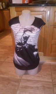 Ladies Tee featuring Batman in full swoop with cape flying fits  about 34inch bust - Short Sleeve Tee with O neck.   Fits size 8-10