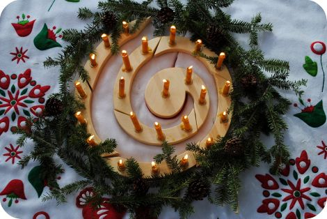 DSC_0751: Beeswax Candles, Advent Christmas, Candles Holders, Christmas Advent, Wooden Spirals, 24 Candles, Advent Spirals, Spirals Candles, 1225 Christmas