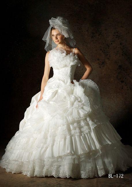 W7F-250|その他のブランド|ブランド|オシャレでこだわり、個性的なウェディングドレス、カラードレス、タキシードレンタルならドレスショップブランシェ