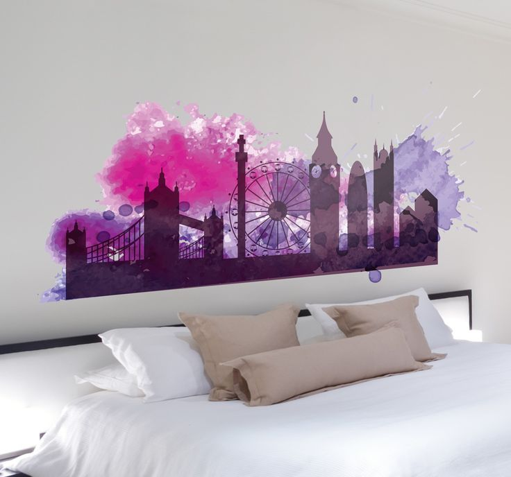 A colourful silhouette skyline decal inspired by the city of London. Beautiful sticker with watercolour pink and purple colours that will make your walls stand out. #Skyline #London #Decoration
