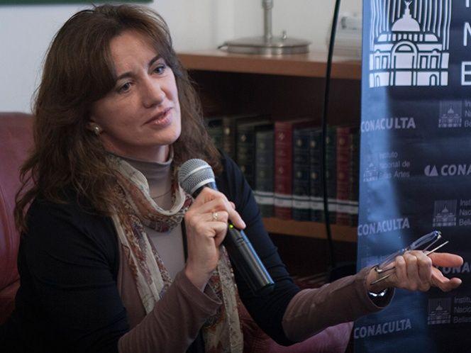 Ingresa Rosa Beltrán a la Academia Mexicana de la Lengua   Excelsior