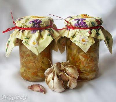 Di gotuje: Sałatka z białej kapusty o czosnkowym aromacie (do...