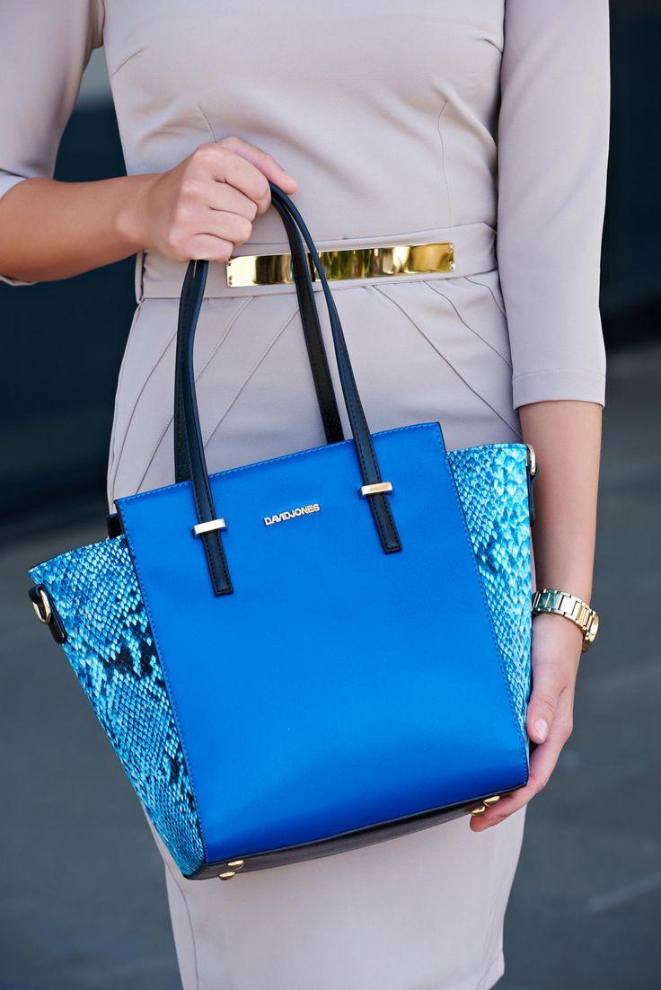 Geanta Sky Fame Blue. Geanta maxi din piele ecologica prevaxauta cu buzunare…