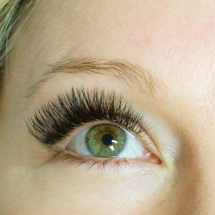 She's got the best ❤ and lashes  Borboleta C. 07 9-13mm 3-4D