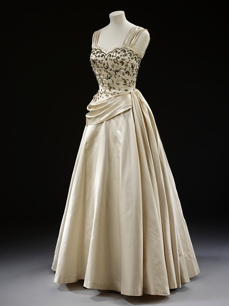 122 best images about Fashion - 1950s on Pinterest | 50s dresses ...