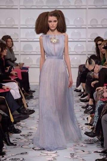 Bertrand Guyon's second Haute Couture collection for Schiaparelli - Silhouette 38