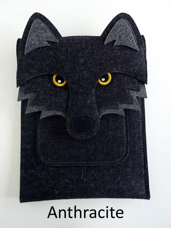 Wolf iPad 1/2/3/4 felt sleeve by BoutiqueID on Etsy