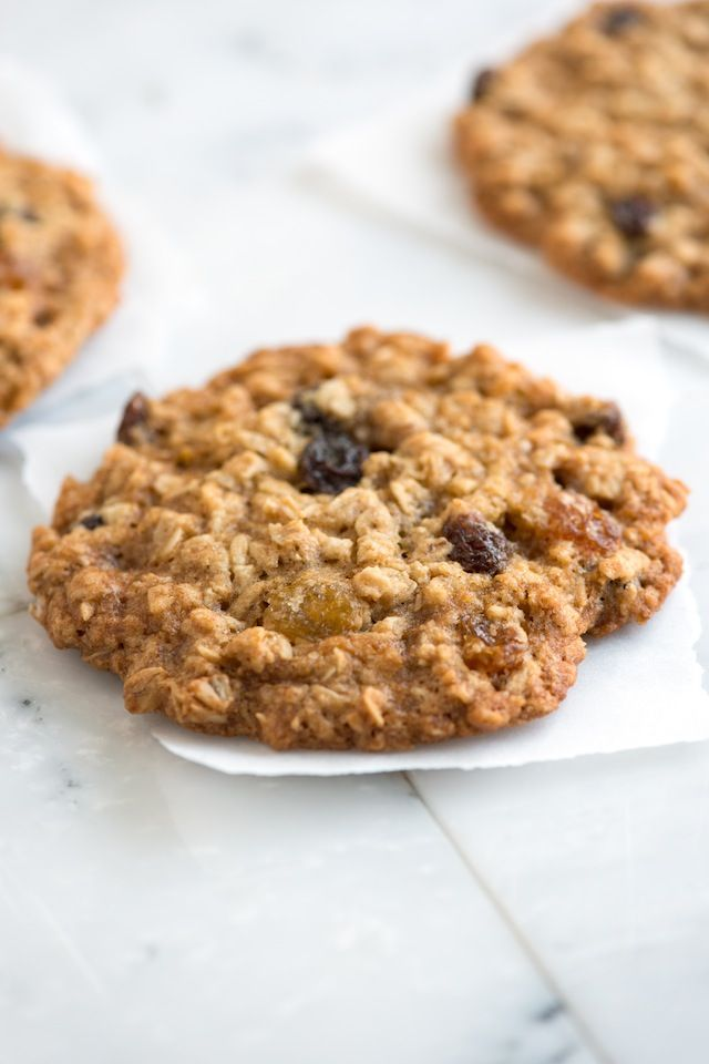 Soft and Chewy Oatmeal Raisin Cookie Recipe from www.inspiredtaste.net #recipe #cookie #cookies