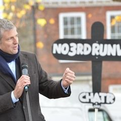 Independent candidate for Richmond Zac Goldsmith rallies against Heathrow expansion