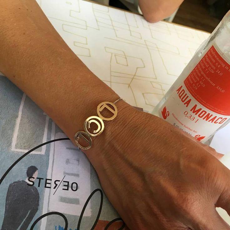 Personalisiertes Armband mit den Initialien deiner Liebsten!  #Armband #Personalisiert