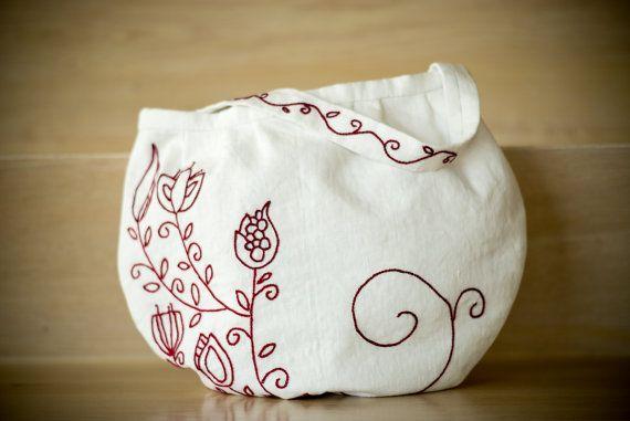 white bag by MaraGirone on Etsy