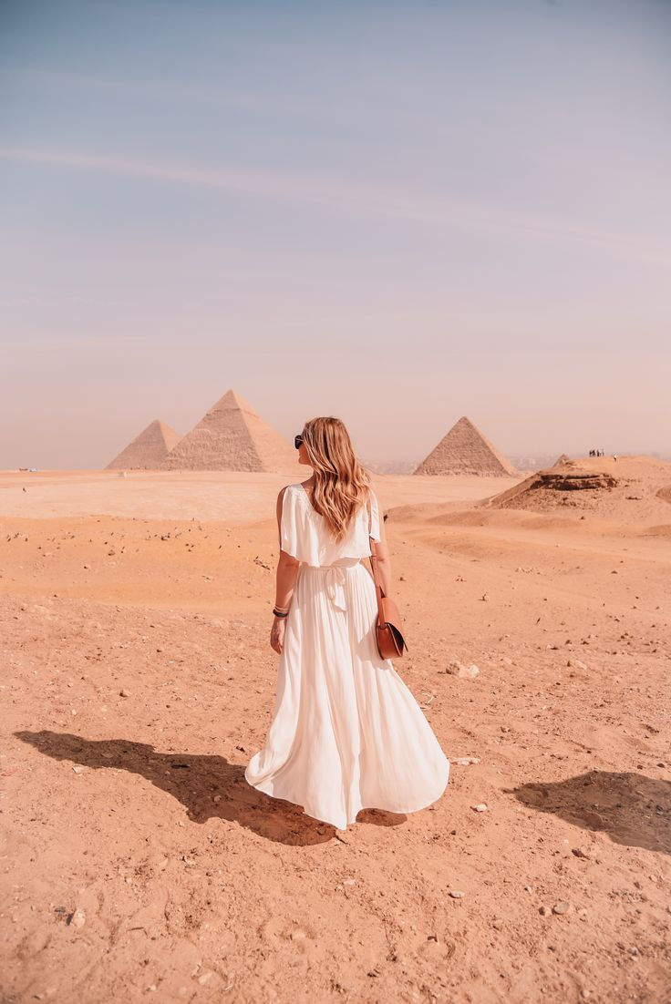 Egypt Travel Guide Visions Of Vogue Egypt Travel Egypt Tours Travel Pose