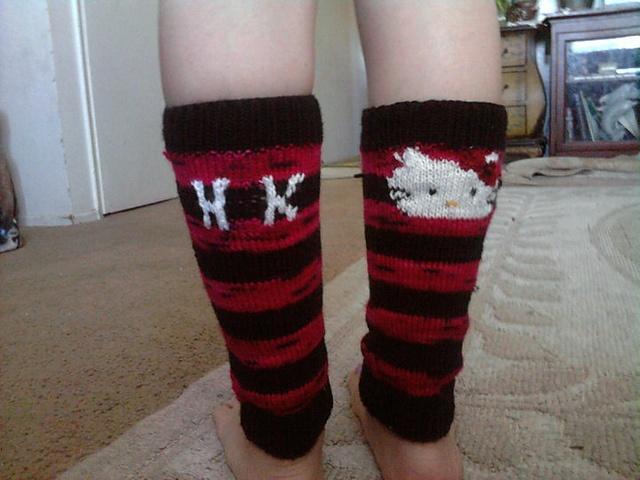 from ravelry-- intarsia hello kitty leggings