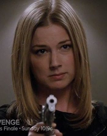 Revenge Series Finale Showdown: Watch Victoria, Amanda's Epic Face-Off - Us Weekly