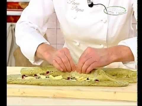 Treccia di pane al pistacchio di Bronte di Sara Papa - YouTube