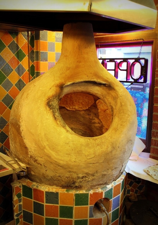 Persian Tandoor - Behesht Restaurant London http://nazarblue.wordpress.com/culturaladdiction/eateries/beheshtharrowroad/