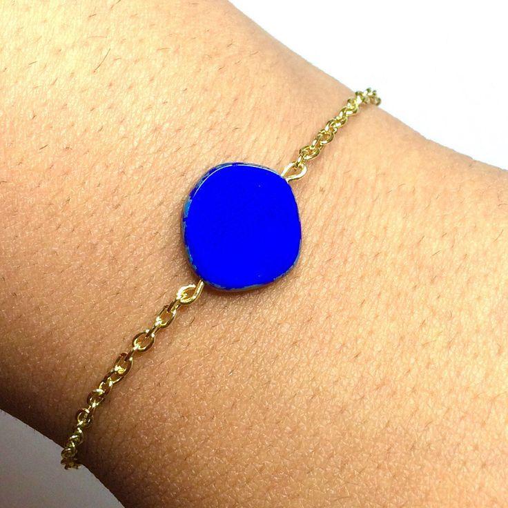 Royal Blue Flat Czech Glass Bead Gold Chain Bracelet - Gold plated chain - Gold bracelet Canada by AnisasClayCreations on Etsy https://www.etsy.com/ca/listing/578716915/royal-blue-flat-czech-glass-bead-gold