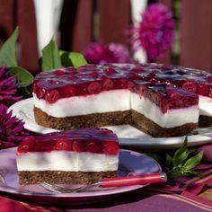 Sei es für Landfrauenveranstaltungen, Familienfeiern oder einen Basar – diese Torte übersteht jeden Transport, versichert Ursula Oelgemöller aus...