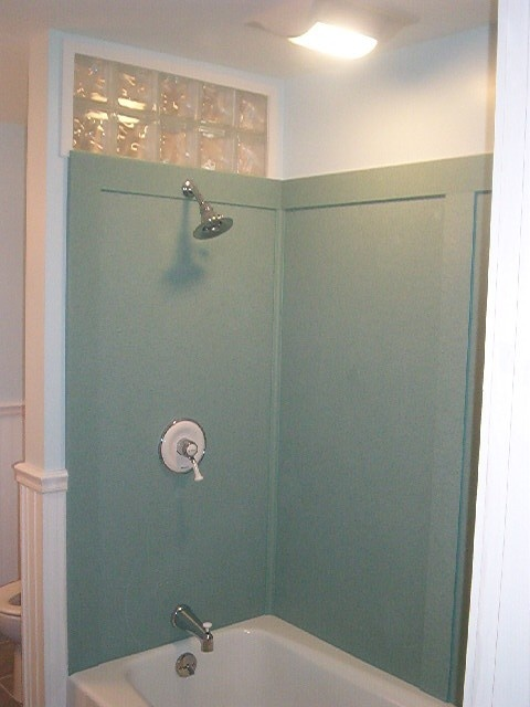 New Swanstone Shower Walls In Tahiti Green Our Bathroom