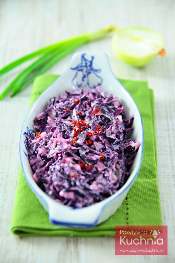 #Surowka z czerwonej #kapusta - #przepis na pyszny i tani dodatek do #obiad.u  http://pozytywnakuchnia.pl/surowka-z-czerwonej-kapusty/  #kuchnia