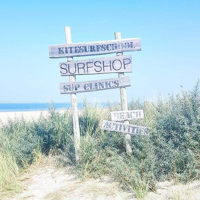 [ e n d  o f  s u m m e r ] 💛 Vandaag de laatste tropische dag voor wie weet hoe lang.. Wat mij betreft had dit tot de kerst zo door mogen gaan 😊 #lovethesummer #endlesssummer #summer #zomer #strand #beach #zeeland #lovezeeland #indiansummer #summerpics #happythursday