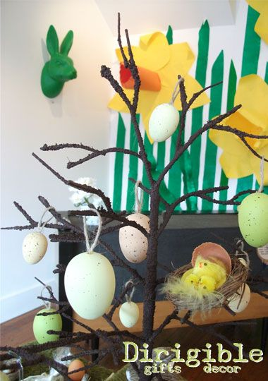 Our natural range comprises of real and faux eggs, nests and chicks to bring the outside in this Easter.