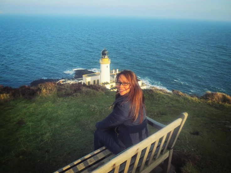 Leah tells all about her experience living in St Kitts and the Isle of Man  http://thinkgr.blogspot.co.uk/2015/02/leah-life-oversas.html