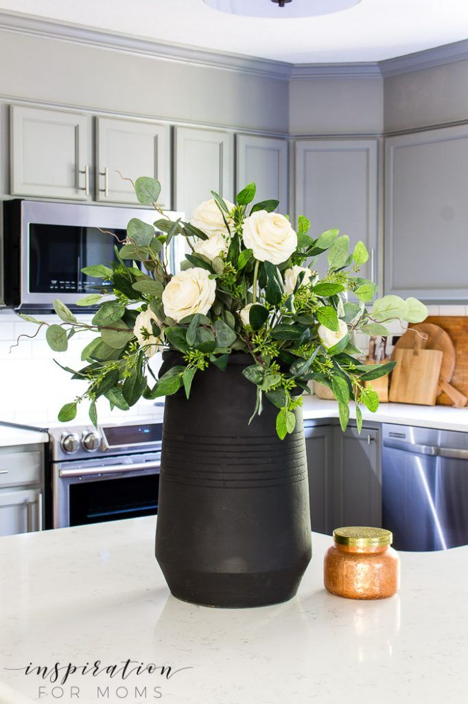 How To Make A Beautiful Eucalyptus Fall Centerpiece Fall Centerpiece Dining Room Table Centerpieces Table Centerpieces For Home