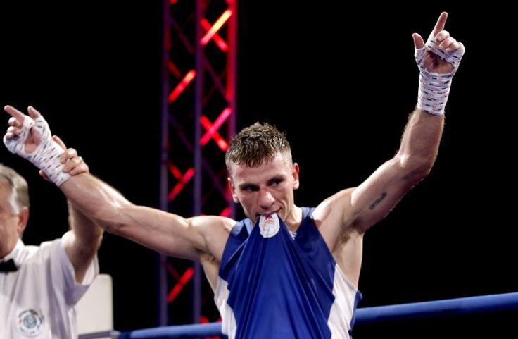"""Ο πυγμάχος του Ολυμπιακού Αλέξανδρος Τσανικίδης νίκησε στη φάση των «32» τον Άγγλο πρωταθλητή Λόφτους Κόνορ και προκρίθησε στους «16» της διοργάνωσης για το """"69th Ιnternational Boxing Tounament Strandja"""" που διεξάγεται στη Βουλγαρία! #Red_White #Olympiacos #Alexandros_Tsanikidis #Boxing"""