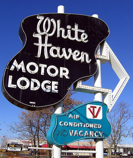 White Haven Motor Lodge ~ Overland Park, KS
