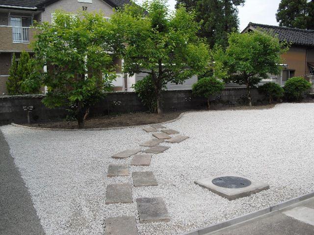手入れの楽な白砂利の広いお庭 富山市 富山 エクステリア 外構