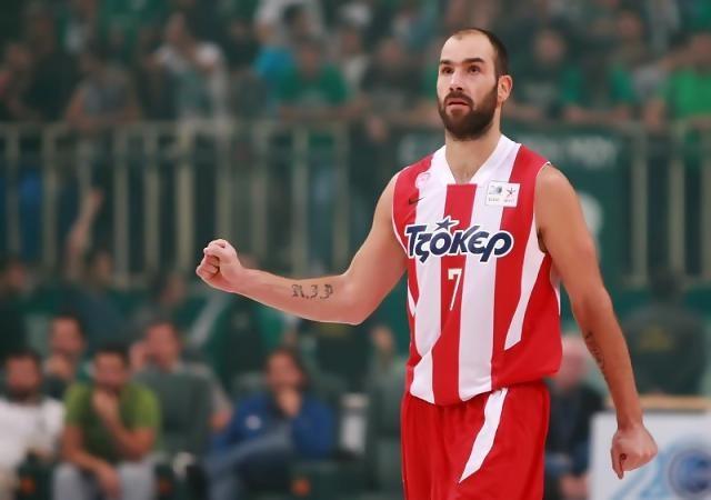 El Olympiakos de Spanoulis y Perperoglou se lleva el primer clásico de la temporada / Foto: Esake.gr