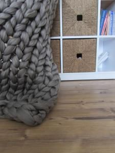 Paturica giganto acril Dove Grey 120x120 - chunky knit blanket mammoth yarn <3