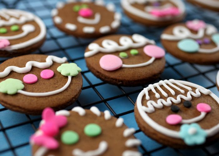 cute christmas gingerbread cookies from 'bakerella' blog