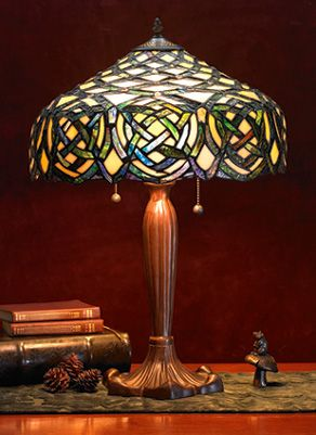 Gorgeous Tiffany-style Celtic Knotwork lamp from Gaelsong.