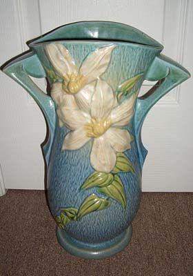 44 Best Roseville Pottery Images On Pinterest Roseville Pottery Antique Pottery And Vase