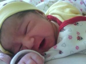 printre primele poze facute la maternitate ingerasului nostru