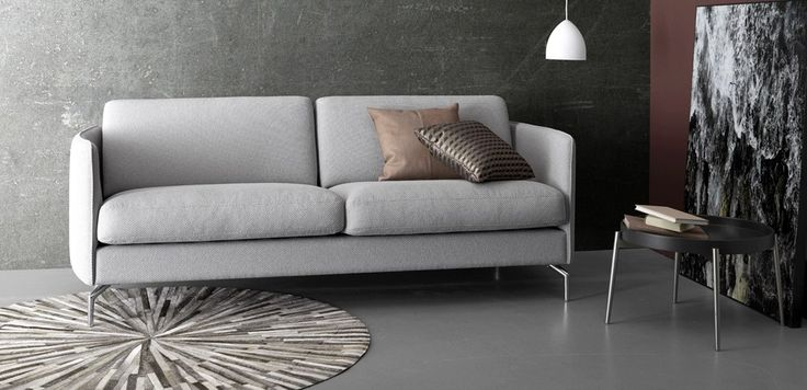 Let the comfort of your home embrace you with the Osaka sofa's curvy details, soft textures and soften the corners and angles of your home with smooth, round accessories. #BoConceptHome #InteriorDesign #Sofa #Designer