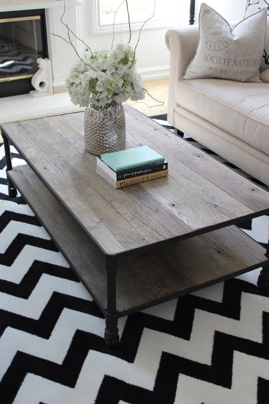 so cute - love the rug and the table - cute simple chic style