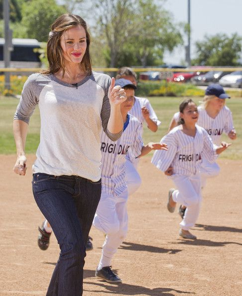 Brand Ambassador Jennifer Garner and Frigidaire go to bat for Save the Children at The Glendale Sports Complex on April 26, 2011 in Glendale, California.