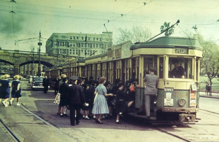 A great Archive tram photo, taken on Eddy Avenue in 1956. We wonder if these school children are off for an excursion! Sydney