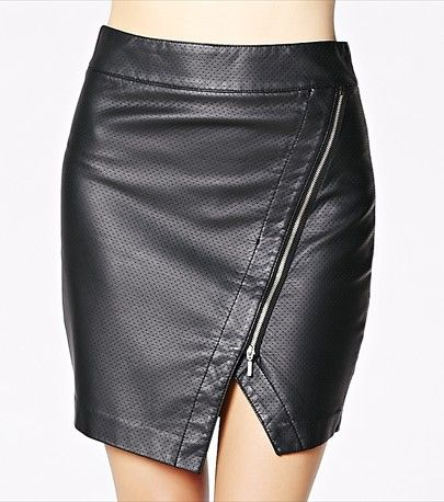 Turn heads with this sexy faux leather skirt! Perfect for a night out ;)