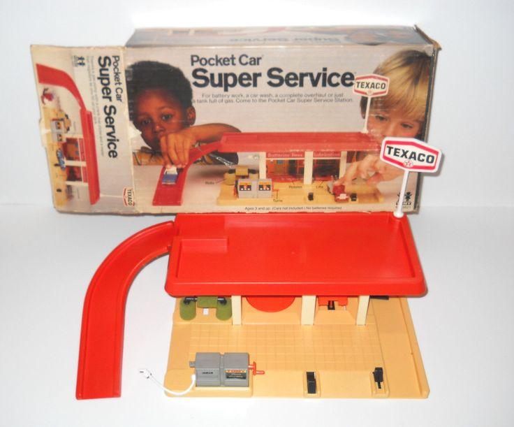 "Tomy ""Pocket Cars"" Texaco Super Service playset"