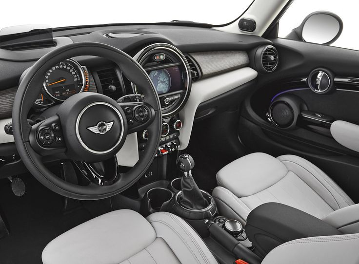 LA Auto Show: 2014 MINI Hardtop - Bigger, Lighter, and Cuter | TFLCar.com: Automotive News, Views and ReviewsThe Fast Lane Car: Auto News, V...