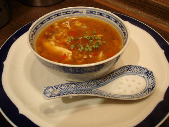 Chinesische Gemüsesuppe leicht sauer-scharf