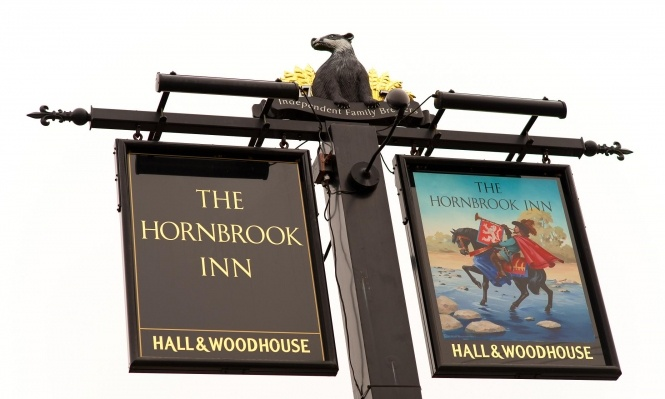 Hornbrook Pub Restaurant in Horsham, West Sussex    http://thehornbrook.co.uk/