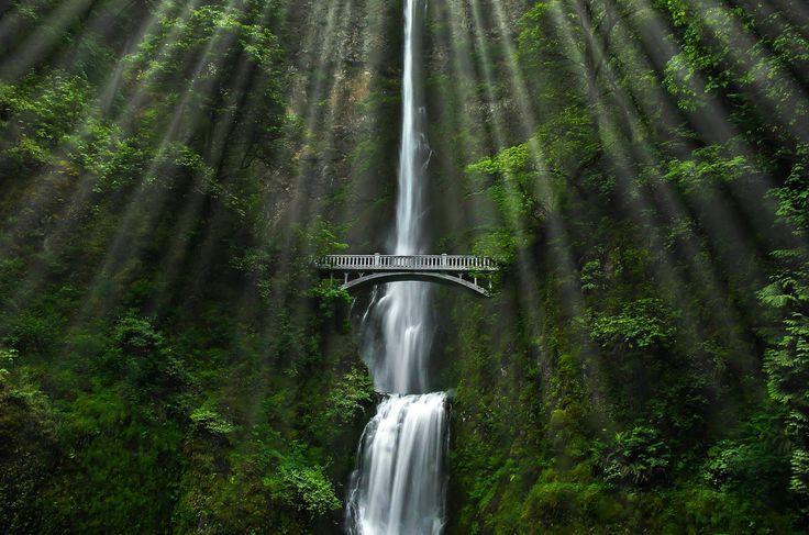 Horsetail Falls in Bridal Veil, OR