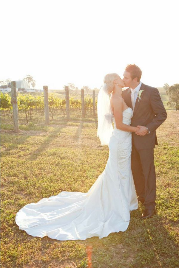 Sharleen and Blake by Lindy Goodwin at Chateau Elan - She Wears White